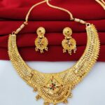 Halltree Rani haar necklace Set with Earrings 1